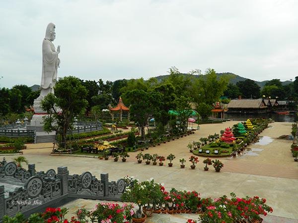 Kuang Im Chapel @lemonicks.com