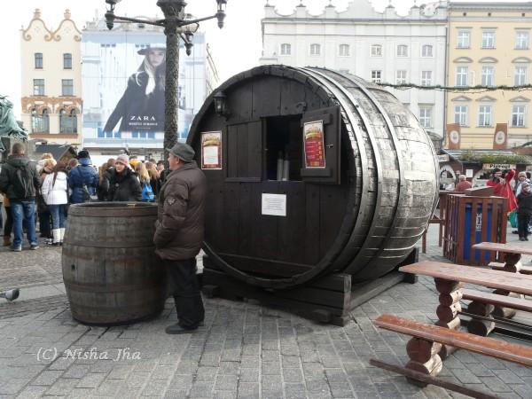 Poland in winters - market square krakow @lemonicks.com
