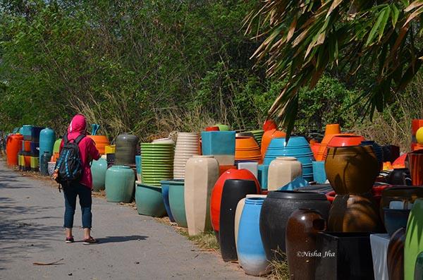 Ratchaburi dragon water jar ceramic factory