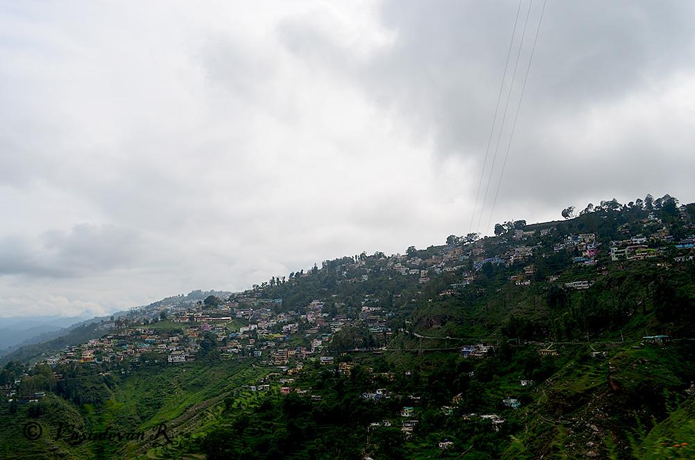 A view of the hillside town of Binsar