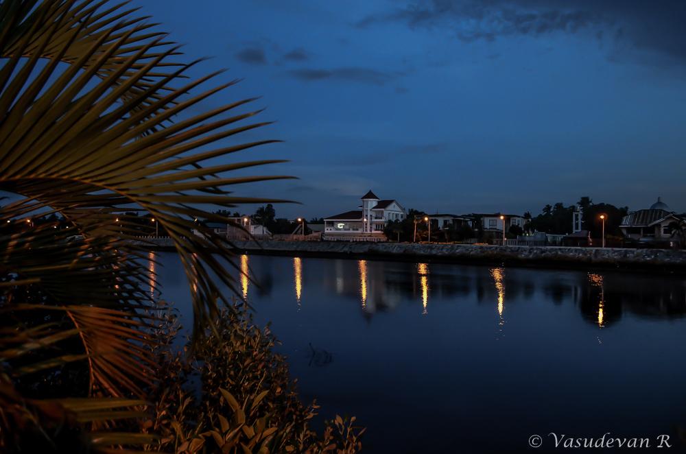 What to do Iloilo city, Western Visayas, Iloilo River Esplanade, Places to visit in iloilo,
