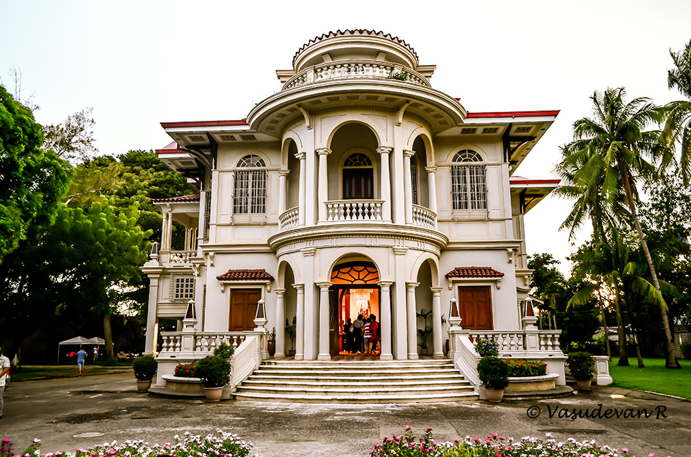 things to do Iloilo city, Western Visayas, Molo Mansion