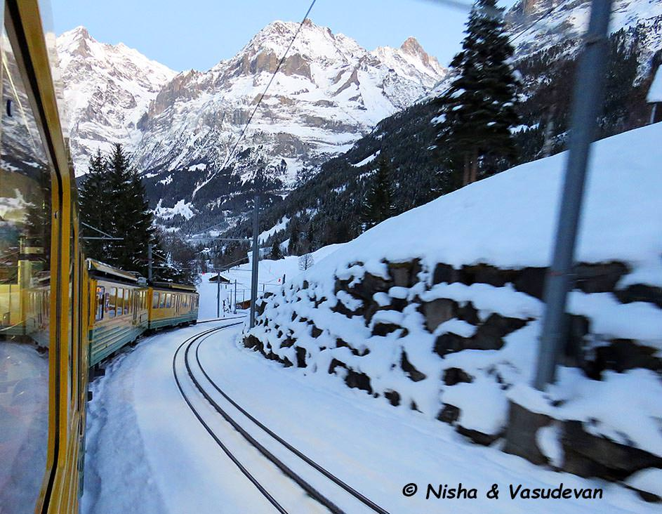 The Yellow train to Grindelwald