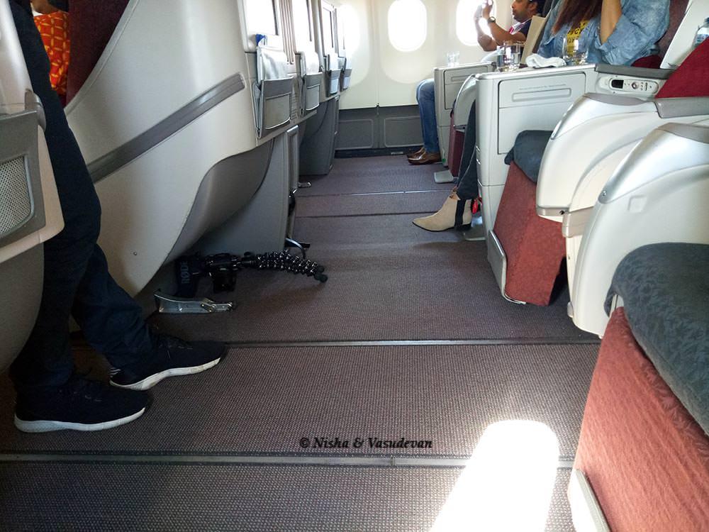 mumbai bali direct flight garuda seating arrangement