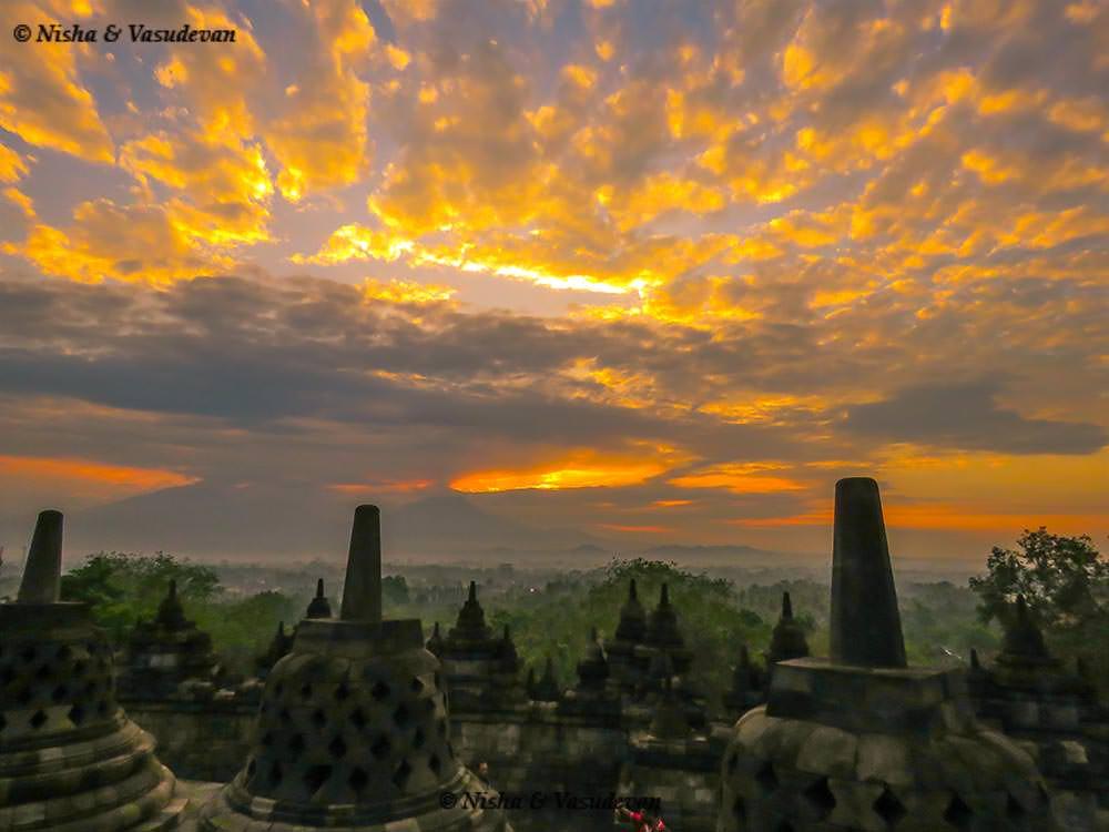 Borobodur temple yogyakarta at sunrise