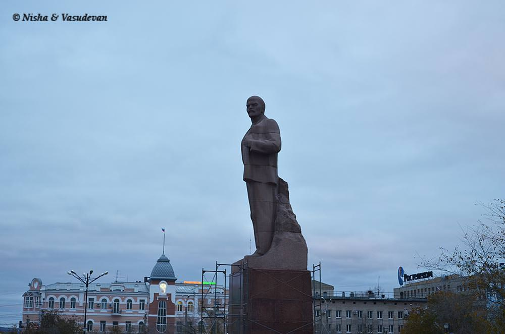 Lenin square Siberia @www.lemonicks.com