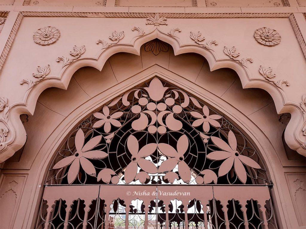 beautiful designs in stell tajul masajid the bif mosque