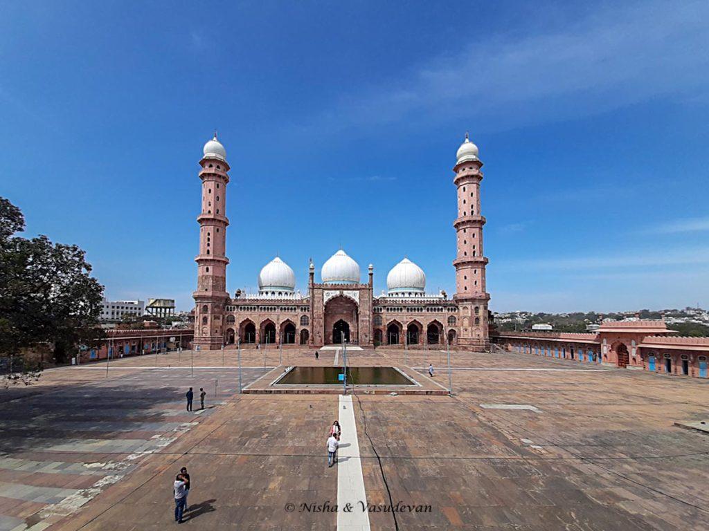 panoramic tajul masajid the largest mosque in india