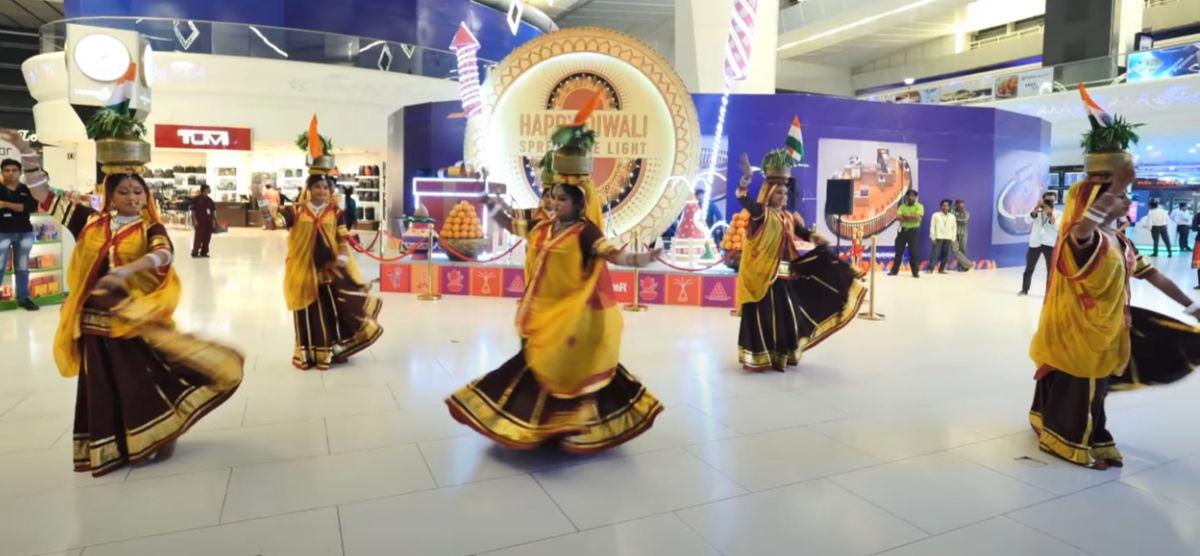 Indian folk dances: chari folk dance